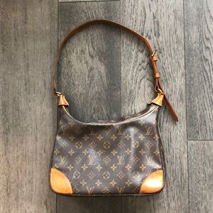 Louis Vuitton 100% Authentic Boulogne bag